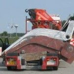 Transport grote klapdeur voor Mega Yacht Steenwijk-Hoogeveen